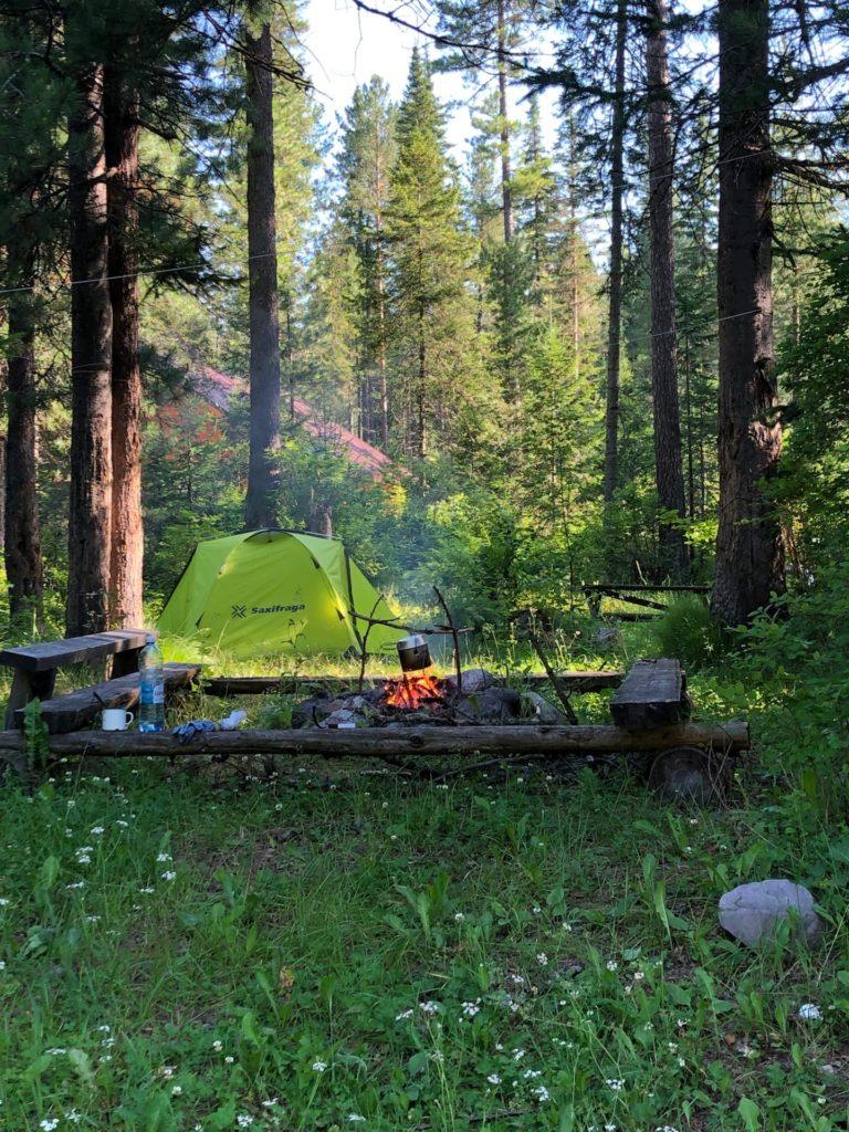 После ночёвки в палатке